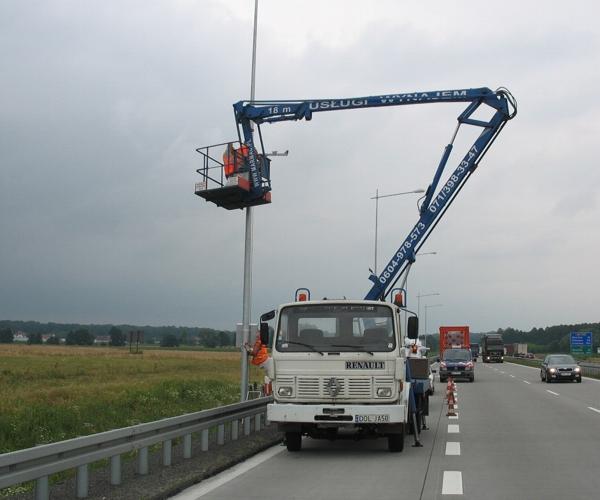 podnosnik-koszowy-ibis-renault-1